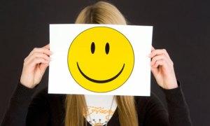 girl-with-smiley-face-mas-003