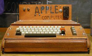 1280px-Apple_I_Computer